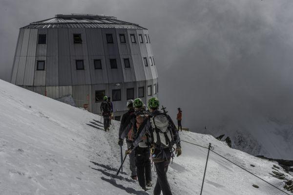 Schneider per il Refuge du Goûter sul Monte Bianco
