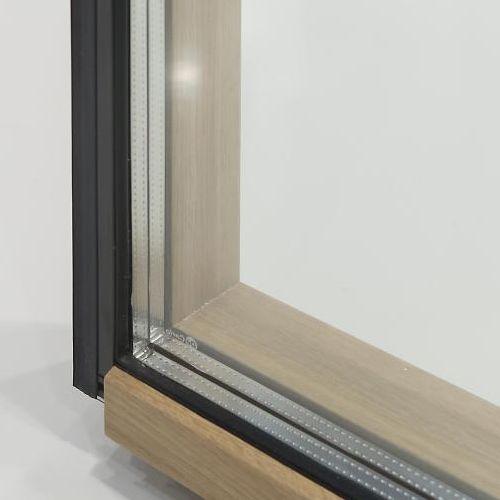Nuova linea di finestre e portefinestre