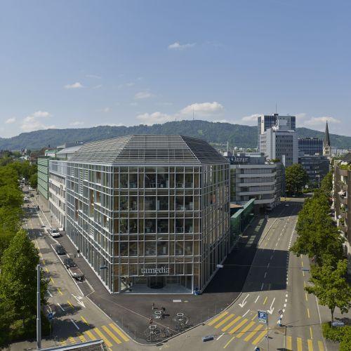 Facciata a doppia pelle per un edificio altamente sostenibile