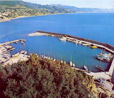 Liguria: Verdi, porti liguri a energie rinnovabile