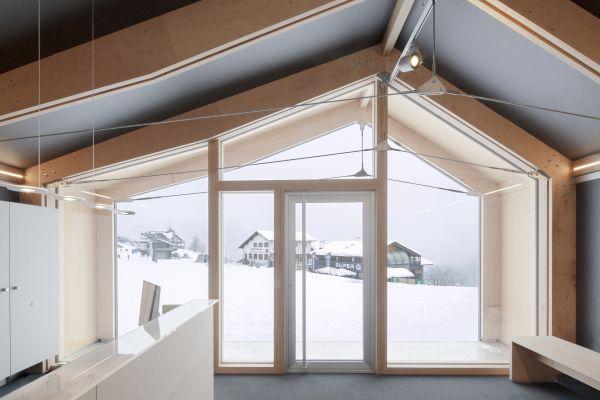 A Courmayeur inaugurata l'ecosede della Scuola di Sci e Snowboard