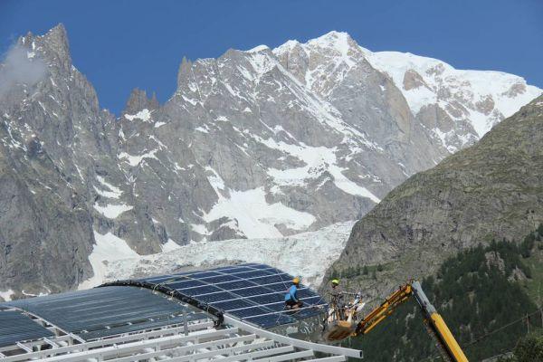 Impianto fotovoltaico a 3452 metri per la nuova stazione ferroviaria. Inverter ABB