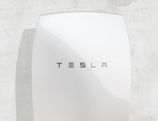 Fotovoltaico, presentata la batteria Powerwall per il residenziale