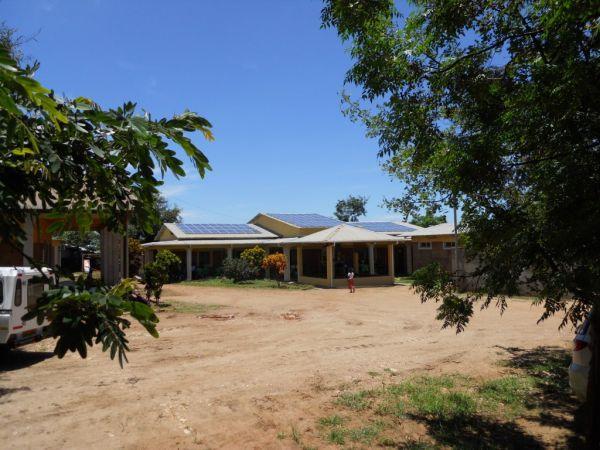 Per il centro medico in Malawi tecnologia AROS Solar Technology