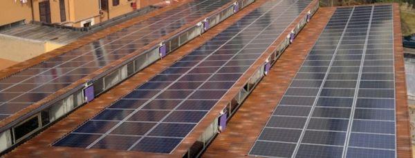 Una Guida gratuita per investire in impianti fotovoltaici in funzione