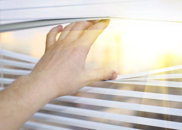 Finestre con vetri a controllo solare