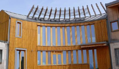 Edificio in legno ad alta efficienza energetica. Le soluzioni Prefa