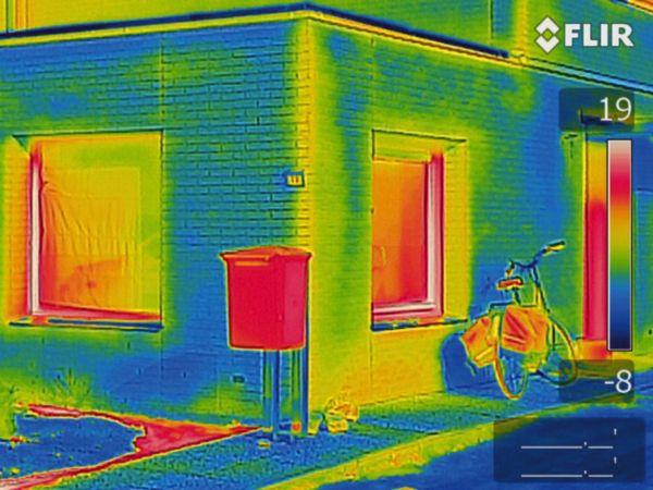 Tecnologia brevettata FLIR MSX® per immagini termiche super dettagliate