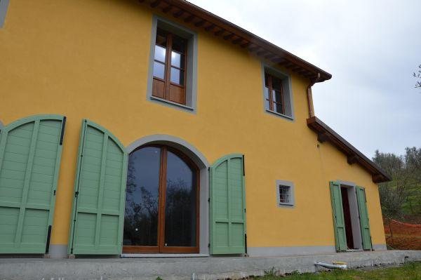 Norhaus firma villa in xlam a Pistoia