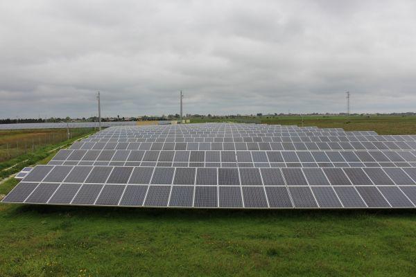 Rigenerare i moduli fotovoltaici che perdono efficienza