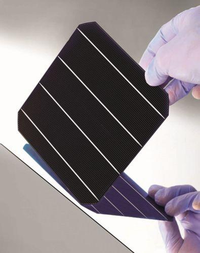 Efficienza superiore al 21% per le celle fotovoltaiche bifacciali BiSoN con 4 bus-bar