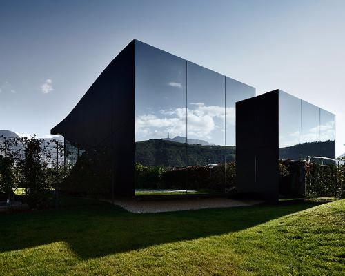 Mirror Houses 1