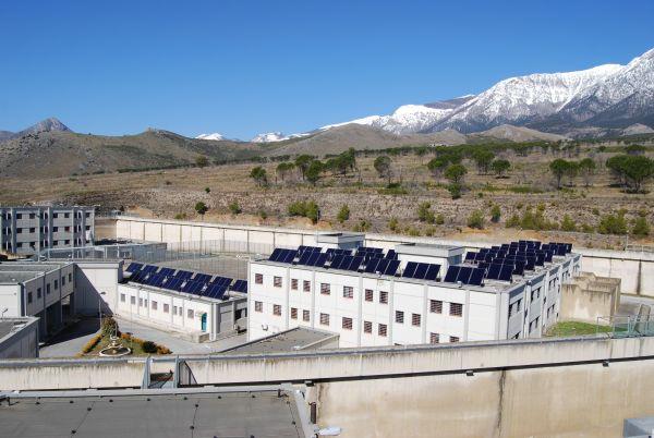 Impianto solare termico nel carcere di Castrovillari