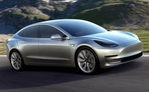 La nuova auto elettrica Tesla alla conquista del mercato