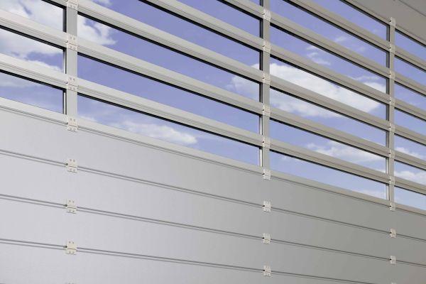 Nuovo portone per edifici industriali ad efficienza energetica