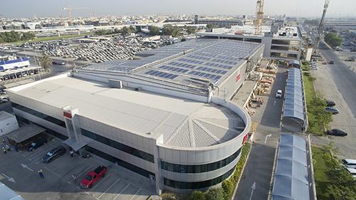 Uno dei più grandi impianti fotovoltaici su tetto di Dubai firmato ABB