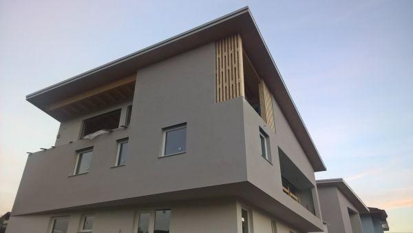 Villa bifamiliare in classe energetica A e certificazione involucro Arca