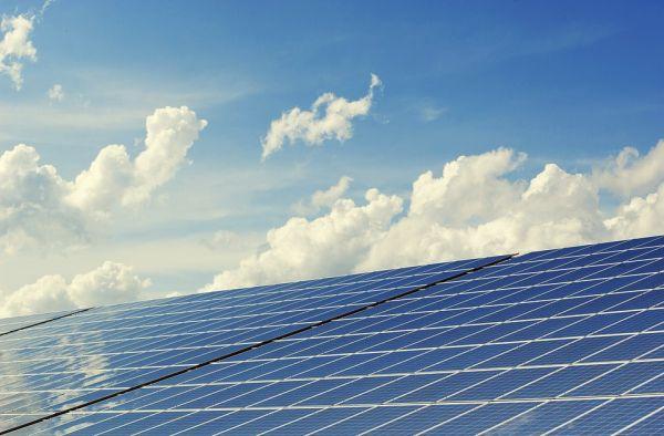 Gli strumenti per promuovere rinnovabili ed efficienza energetica