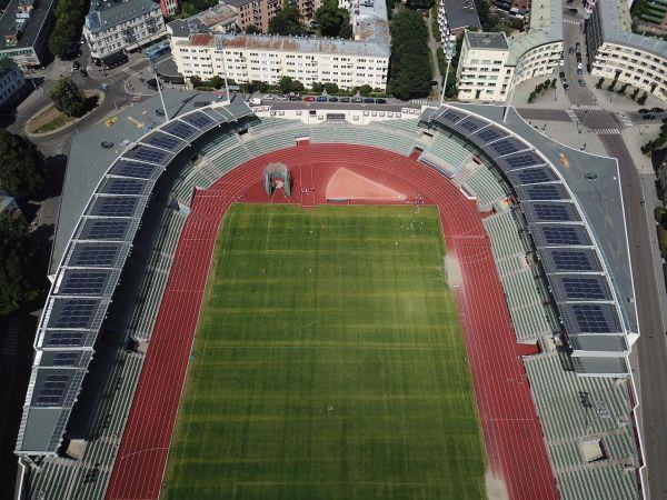Stadio olimpico di Oslo: le rinnovabili corrono per lo sport