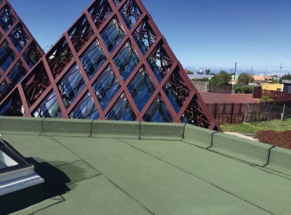 Membrane ignifughe per le coperture con pannelli fotovoltaici