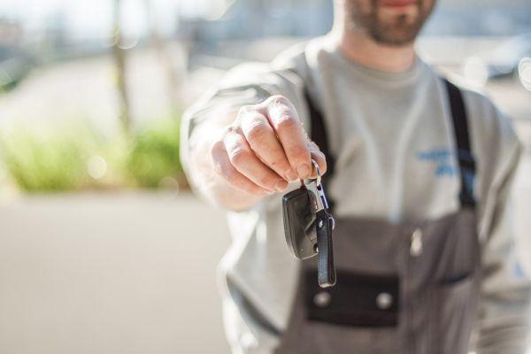 Noleggio auto a lungo termine e vantaggi per l'ambiente