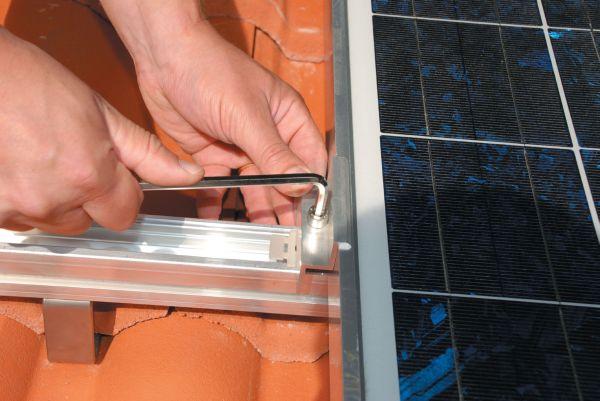Solar fix per pannelli fotovoltaici e solari termici