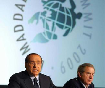 Silvio Berlusconi, premier italiano che presiede il G8 a L'Aquila
