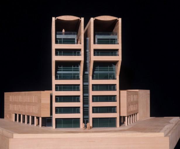 Un eco-edificio con tecnologia Uni-solar 1