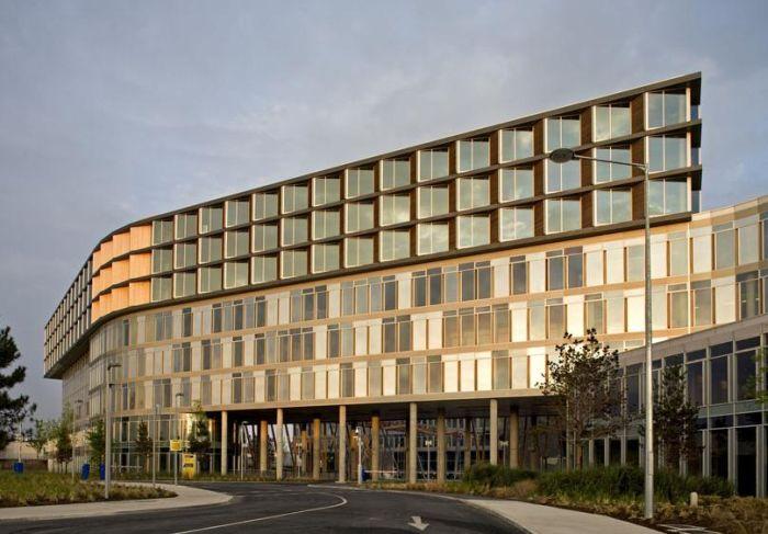 Elm Park: edifici ad uso misto a basso consumo energetico 1