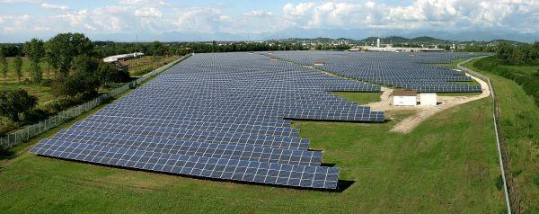 IBC SOLAR espande il business dei grandi impianti con la vendita ad Allianz di un parco solare da 11.2 MW