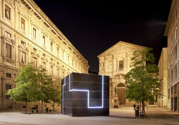 Inverter SMA per l'isola off-grid del Salone del Mobile