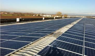 JinkoSolar fornisce 15.000 moduli per un impianto fotovoltaico sul tetto di Pompea
