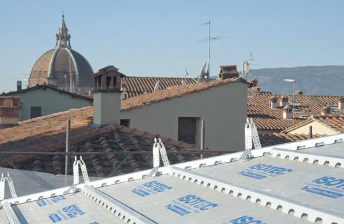 Isolamento termico della copertura in coppi e tegole per il Palazzo della Prefettura di Pistoia