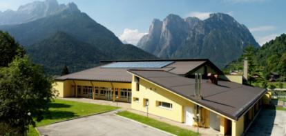 L'efficienza di un impianto solare termico Monier per il Palazzetto dello Sport di Agordo