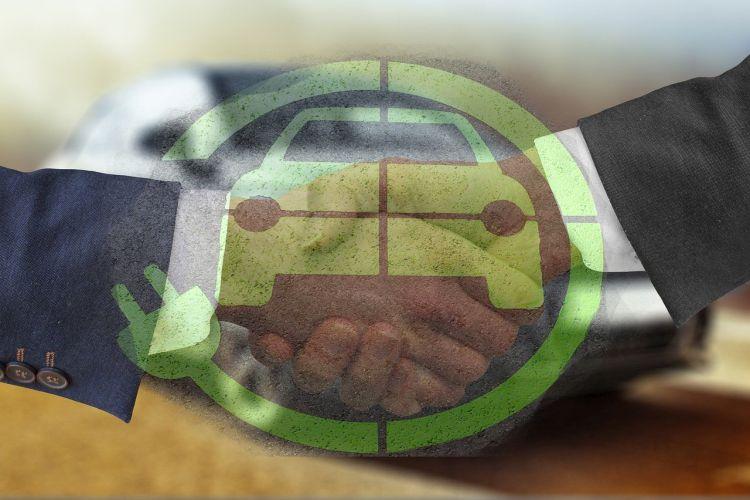 I vantaggi di acquistare un'auto elettrica