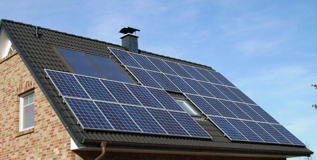 Termico e fotovoltaico per abbattere i consumi