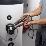 testo 750-2: tester di tensione a LED con torcia