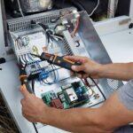 testo 750-3: tester di tensione a LED con display