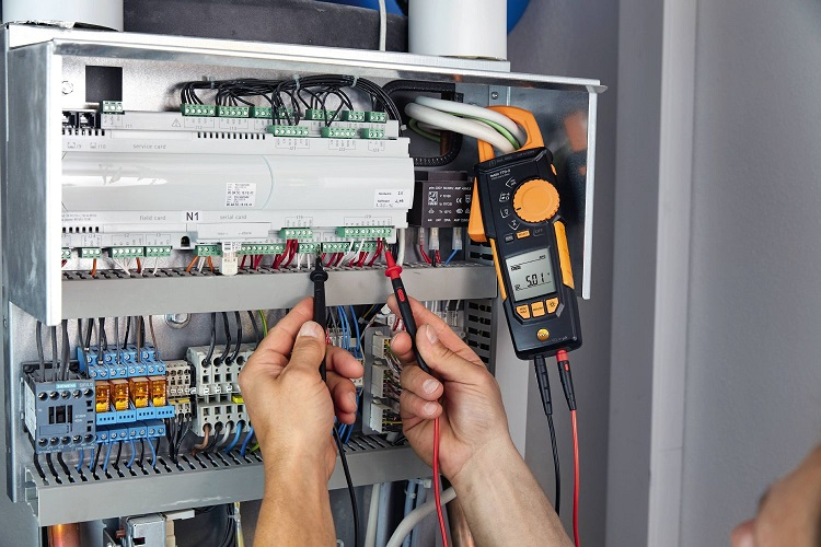 testo 770-2: pinza amperometrica con adattatore di temperatura e range  μA