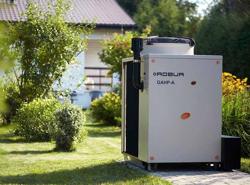 Robur, pompa di calore a gas