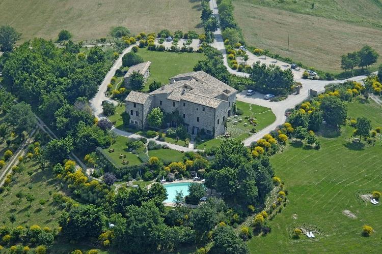 Vista aerea del Castello di Petrata