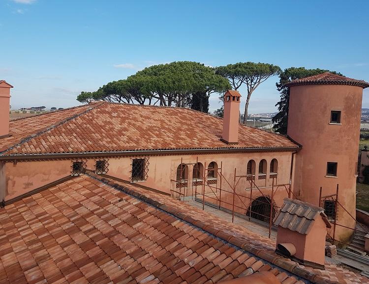 Brianza Plastica per il rifacimento della copertura di Villa Germaine