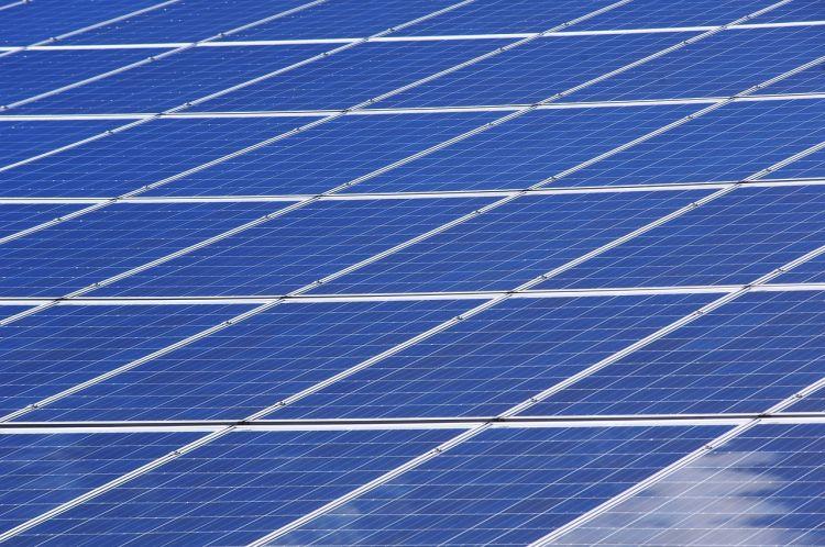 Energia rinnovabile per combattere l'inquinamento