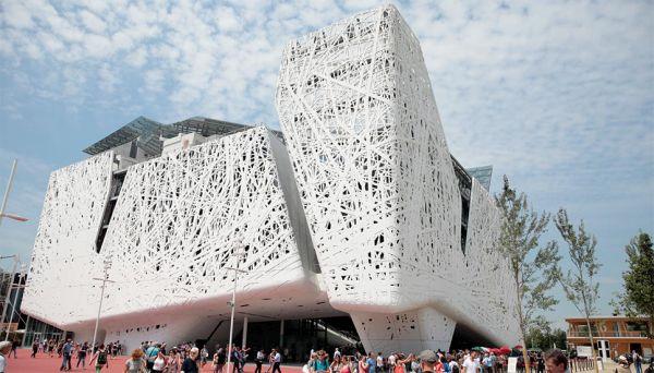 Il cemento fotocatalitico e mangia smog utilizzato per la realizzazione di Palazzo Italia di Expo Milano 2015