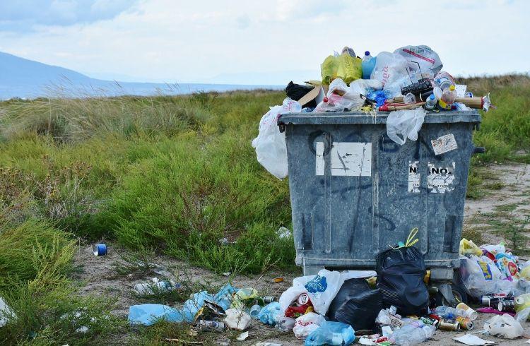 La produzione dei rifiuti torna indietro di 20 anni, con il lockdown è scesa a meno 10%