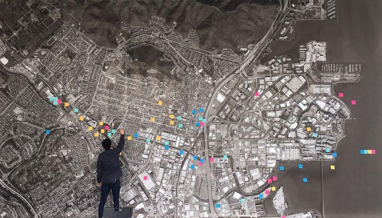 Una fase di elaborazione collettiva del progetto Elevate San Rafael