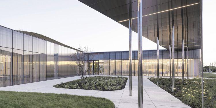Springdale Library di Brampton verso la certificazione Leed Gold