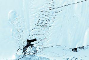 Due ghiacciai sono al collasso in Antartide: è allarme globale