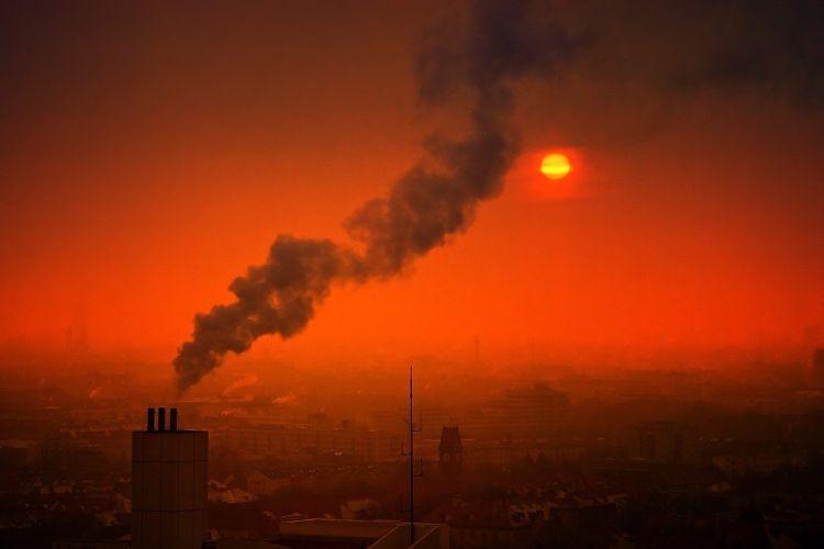 Inquinamento e salute, l'Italia ha i costi pro capite più alti
