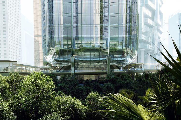 La ricca vegetazione ai piedi della torre Murray Road a Hong Kong